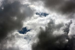 <b>Clouds</b><br>Selection of 2 items